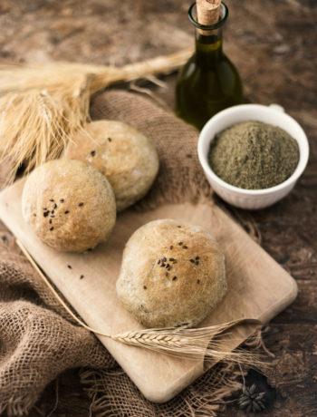 Panini con farina di semi di canapa bio