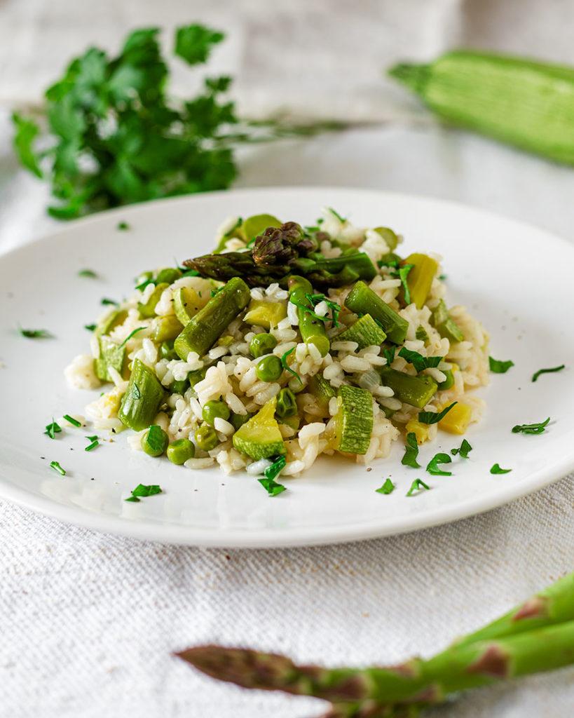 Risotto Asparagi Zucchine.Risotto Primavera Con Asparagi Zucchine E Piselli Seevegan